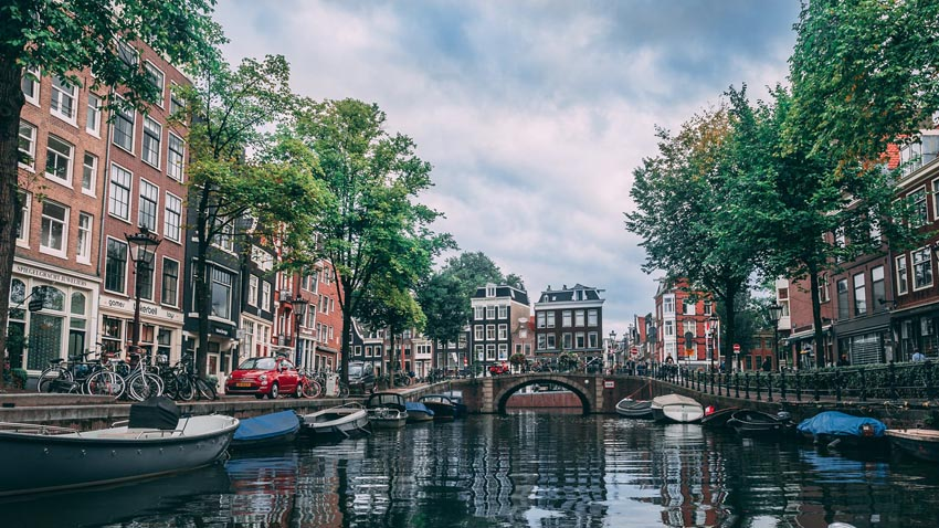 amsterdam netherlands dutch city expat life