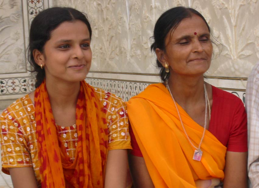 indian mother-in-law psychology how to deal with indian in-laws living with you
